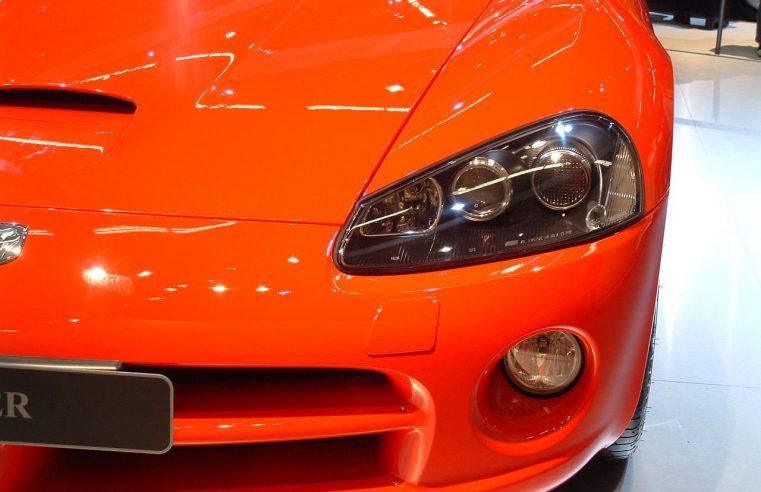 Dlaczego powracają na rynek dawne modele aut?